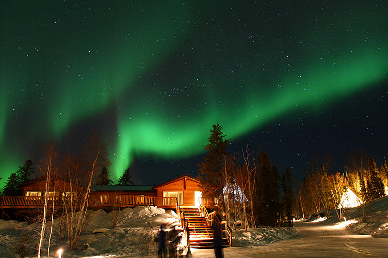 aurores borealse a aurora village